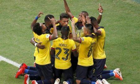Posible alineación de Ecuador previo al duelo ante Colombia