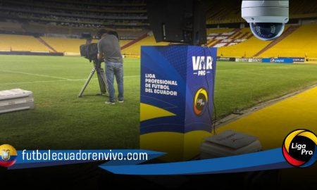 Cámara oculta en la zona del VAR en el partido de ida Barcelona - Liga de Quito